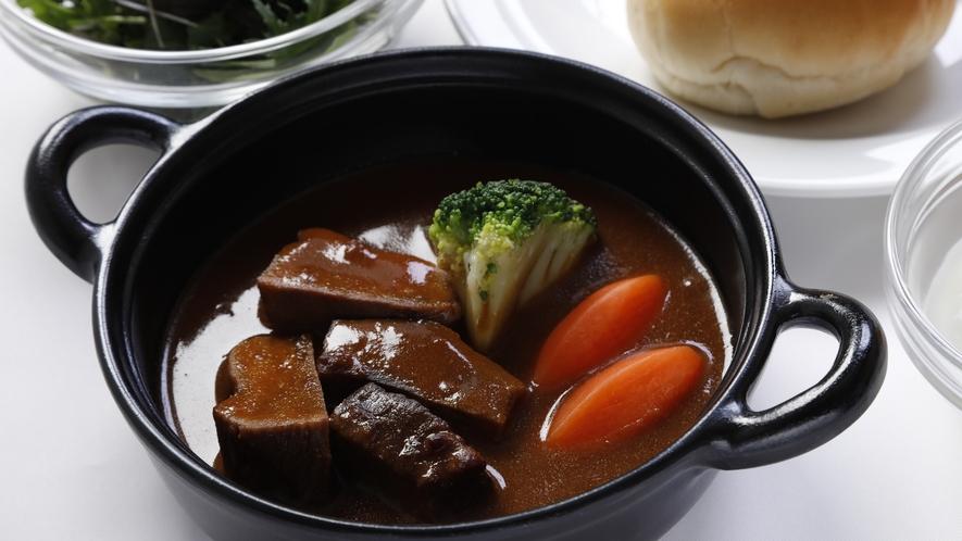 ◆朝食 期間限定ご当地メニュー『牛タンシチュー』イメージ