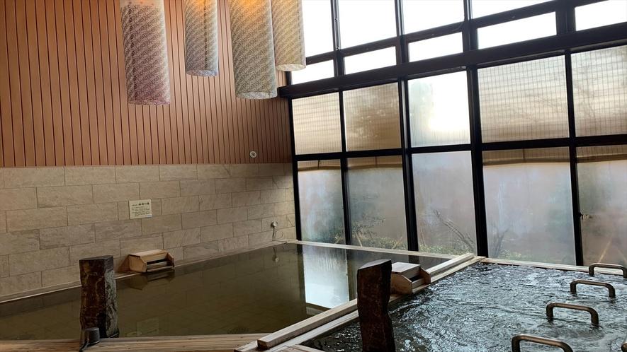 ◆女子内檜風呂(湯温:39℃)