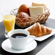 Morning Service / 朝食 (無料)