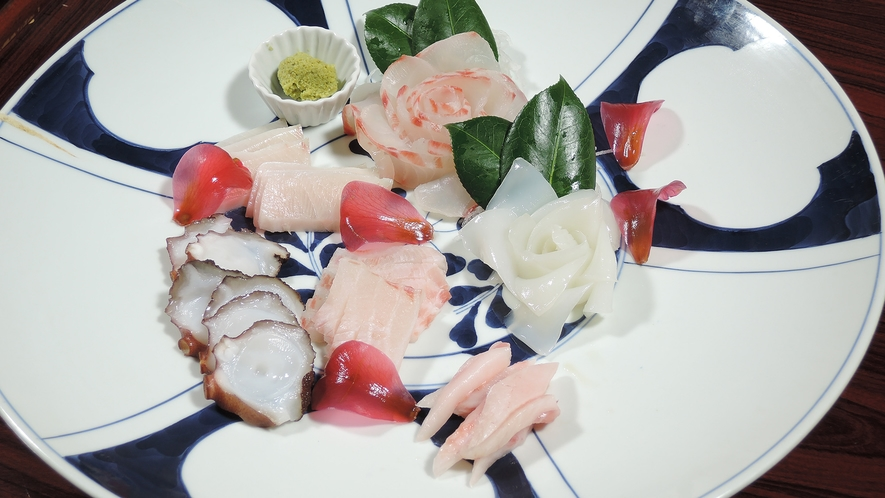 *【夕食一例】新鮮な海の幸はやっぱりコレ!お刺身の盛り合わせ