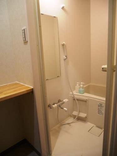 浴室(女性、お子様用)