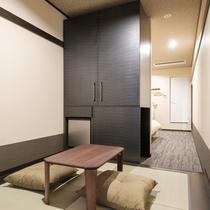 ツインルーム和洋室。日本らしい和の雰囲気にてゆったりとおくつろぎくださいませ。