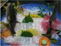 新鮮な地魚のお造り 一例季節人数により内容変更致します