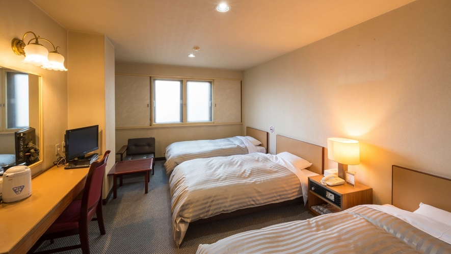 【トリプルルーム:禁煙】ゆったり26平米♪ベッドは3台とも通常ベッドをご用意。