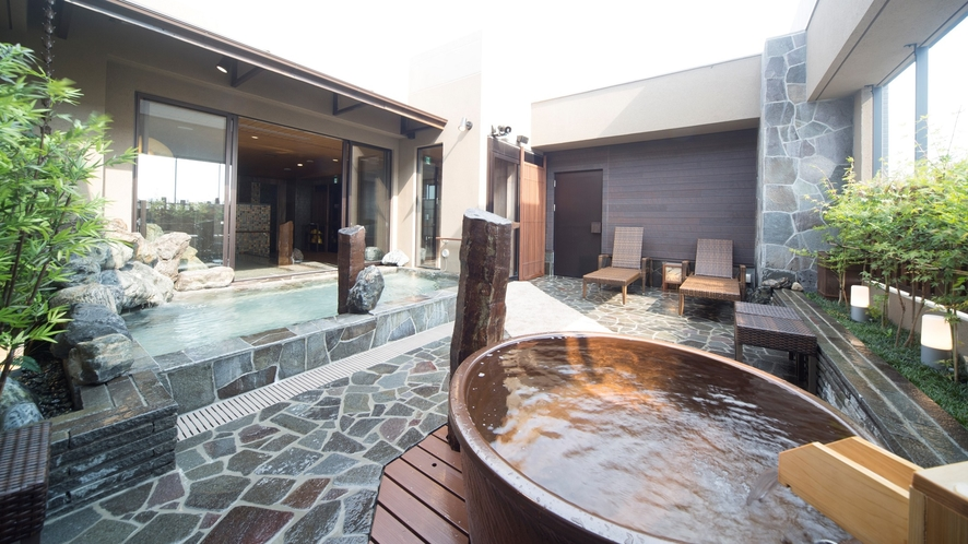 ◆【男性】露天風呂(水温41~42℃)