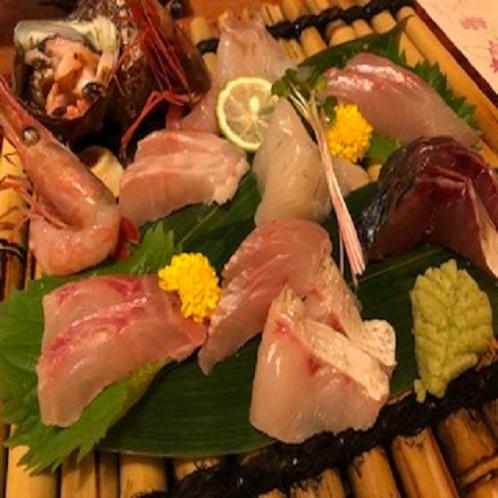 ♦【名物】日本海でとれた新鮮なお刺身