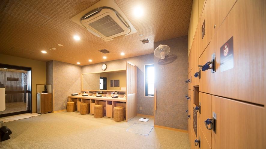 ◆男性脱衣所(ロッカー24か所)