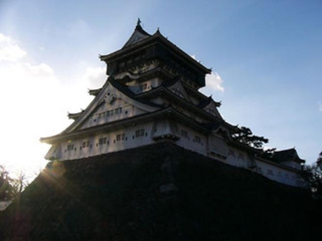 小倉城(1602年細川忠興公が築城した小倉のシンボル)