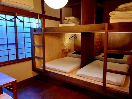 【個室】木の温もりが落ち着く洗面付きのお部屋