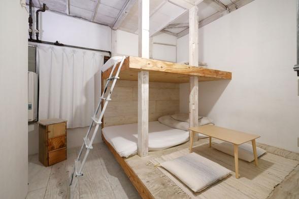 秘密基地のような洋室/3名様までの個室