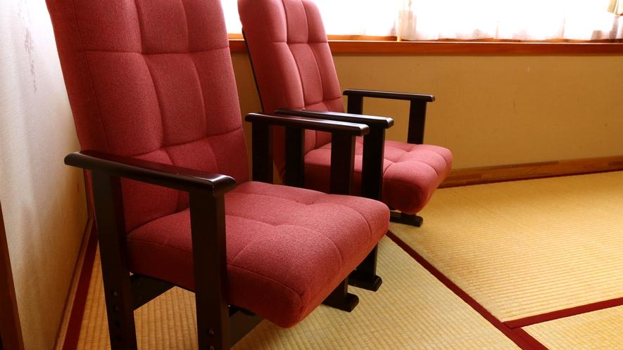 座敷椅子も御座いますので、必要の際はお申し付け下さい。