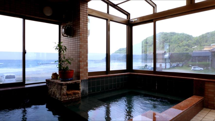 展望温泉で海と温泉を満喫!