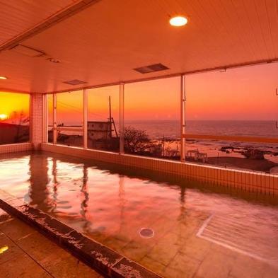 【朝食付】ベーシックプラン 海まで徒歩1♪ 和洋中のビュッフェ朝食付き ◎11時チェックアウト