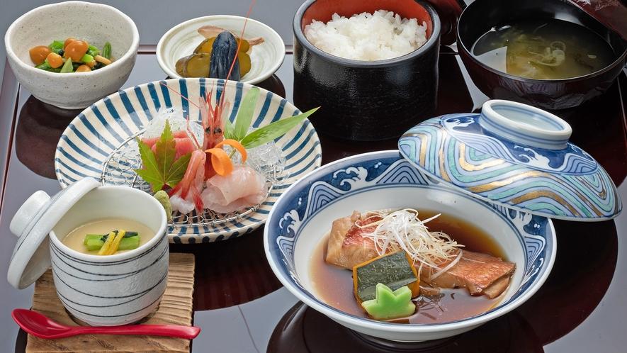 【ディナーメニュー 煮魚お造り膳】