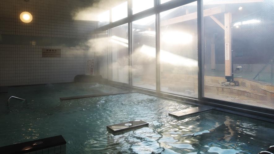 【男湯】大浴場では様々な種類の温泉をお楽しみいただけます