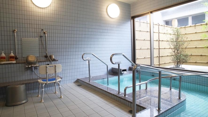 【風呂】貸切可能な家族湯もございます/写真は「花」(別途有料)