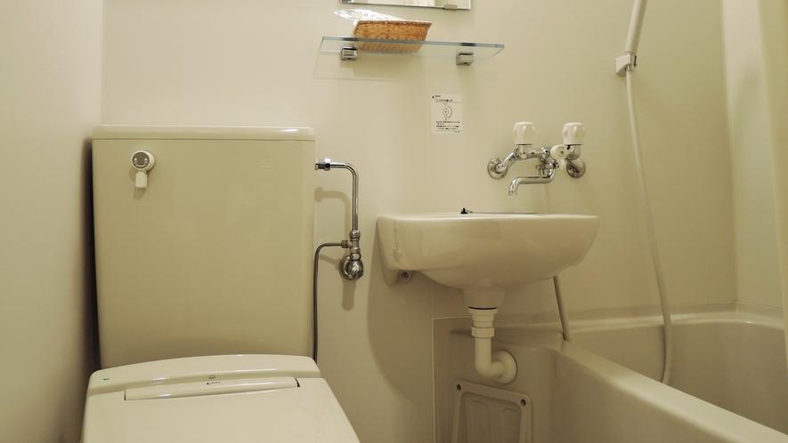 【部屋】お部屋は全てユニットバスと洗浄機付トイレがございます。
