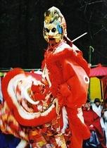 宇佐神宮の蘭陵王の舞