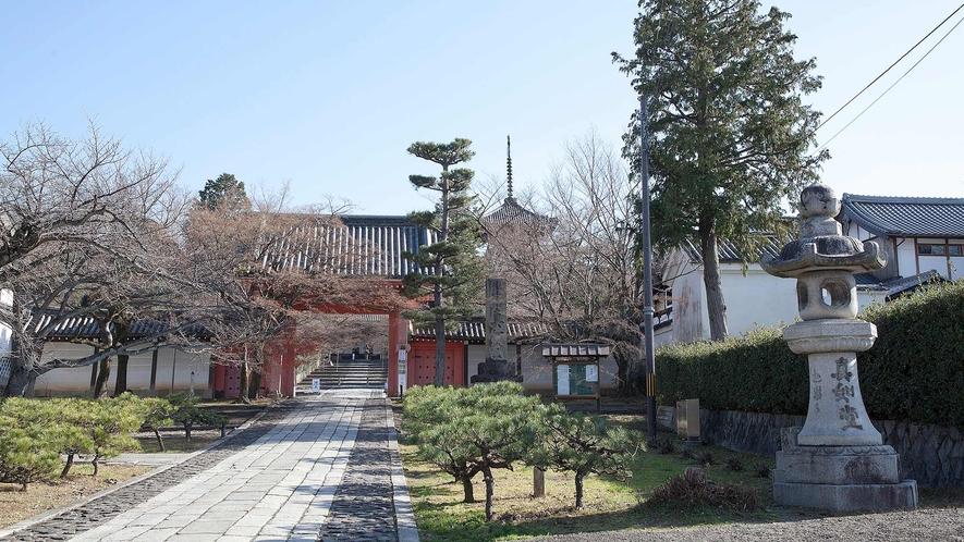 ・真如堂:京都の紅葉の名所