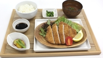 ☆岡山県産ピーチ豚カツ御膳