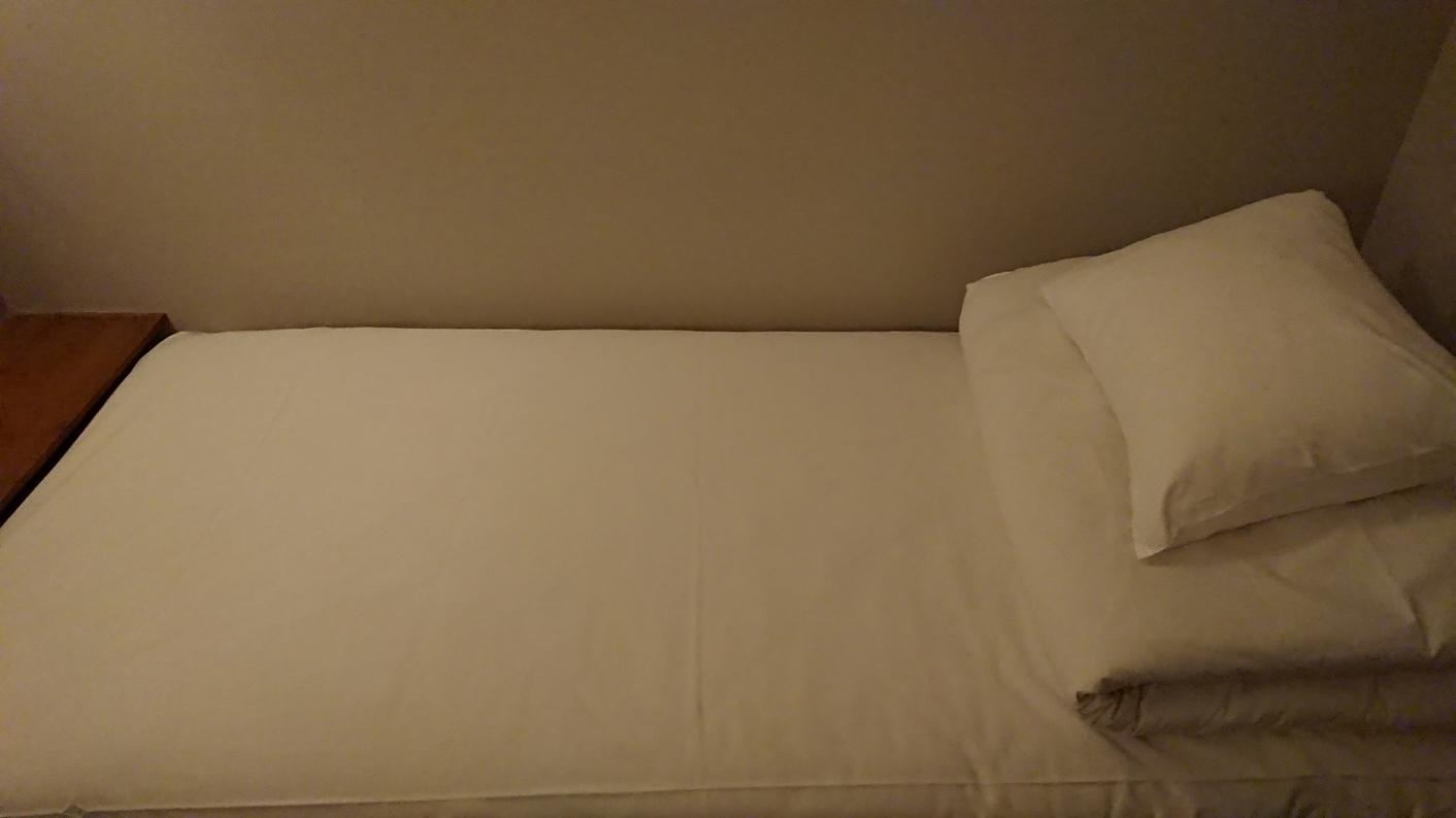個室(4)