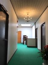 館内2F廊下