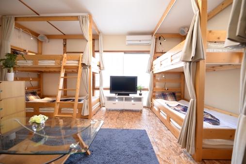 2階洋室(1〜7名定員個室)