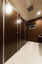 2階女子トイレ