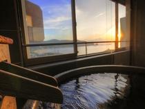 客室半露天風呂からの眺望 ※一例