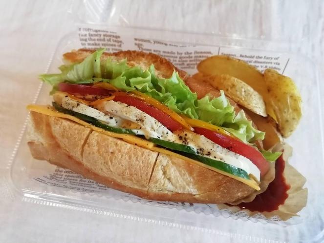 朝食600円チェックインの際に注文出来ます。