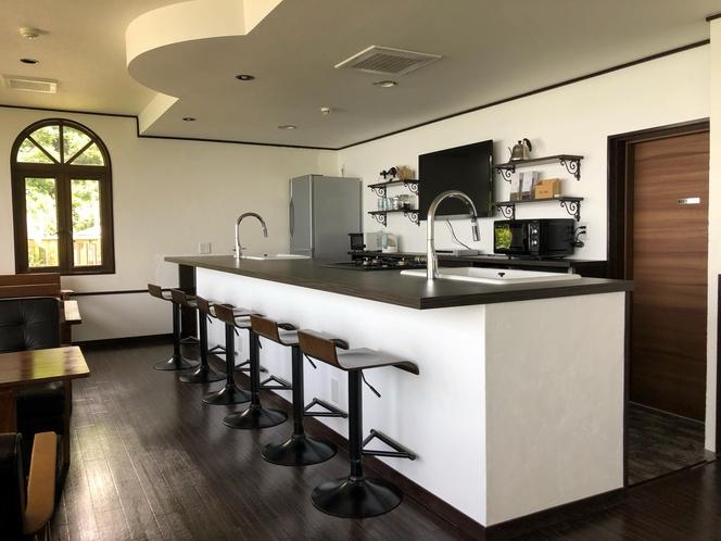 共有のキッチンスペース