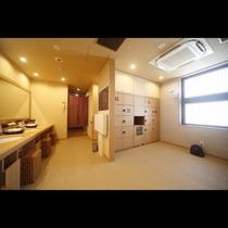 ■女性大浴場脱衣所(9階)