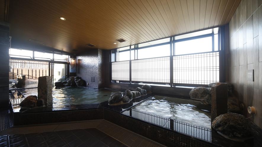 【男子】内風呂(湯温:41~42℃)