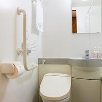 *和室と和洋室のお部屋にはユニットバスが完備!温水洗浄トイレで快適です。