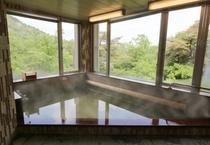 大浴場/麦飯石の人口泉を鈴鹿国定公園の景観と共に♪