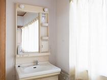 和室1~5名様(バス・トイレなし)洗面台