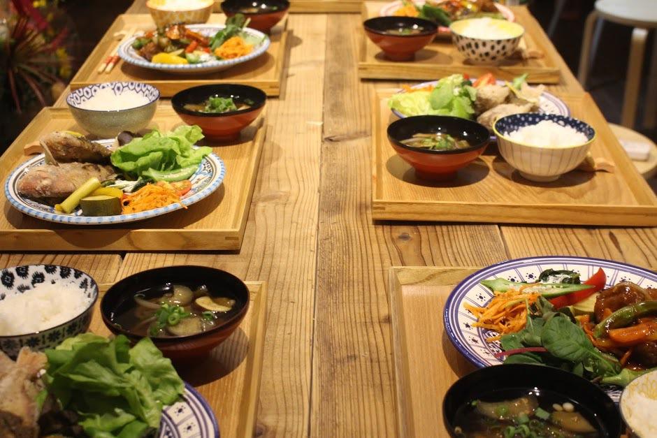 夕食 団体定食
