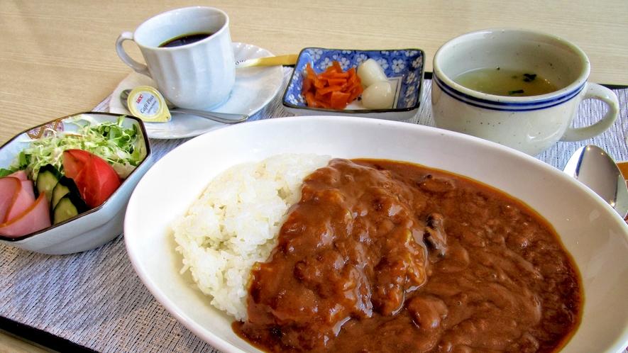 カレー朝食(例)