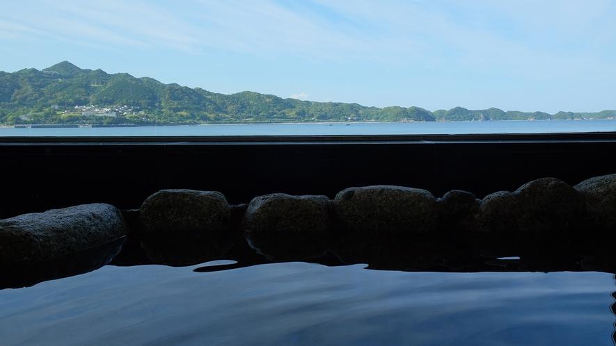岩風呂からの眺め