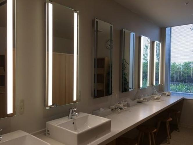 大浴場洗面所