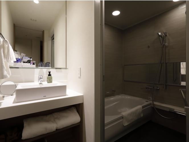 バス・洗面・トイレ別タイプのバスルーム