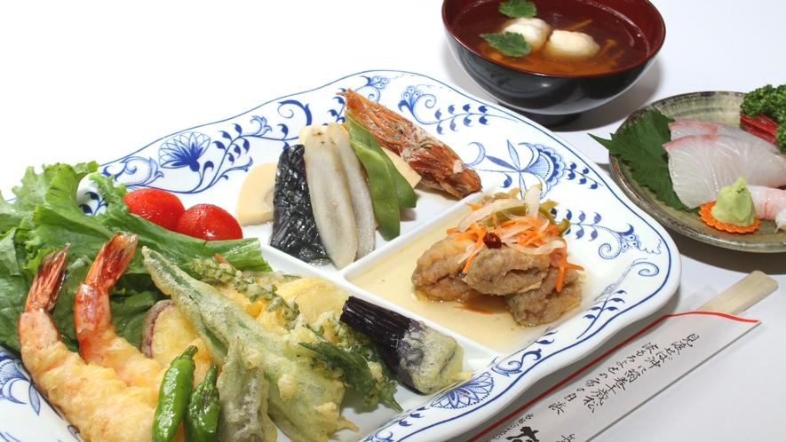 女将の愛情たっぷりのビジネス料理海の幸・お野菜をしっかり使用(^^♪