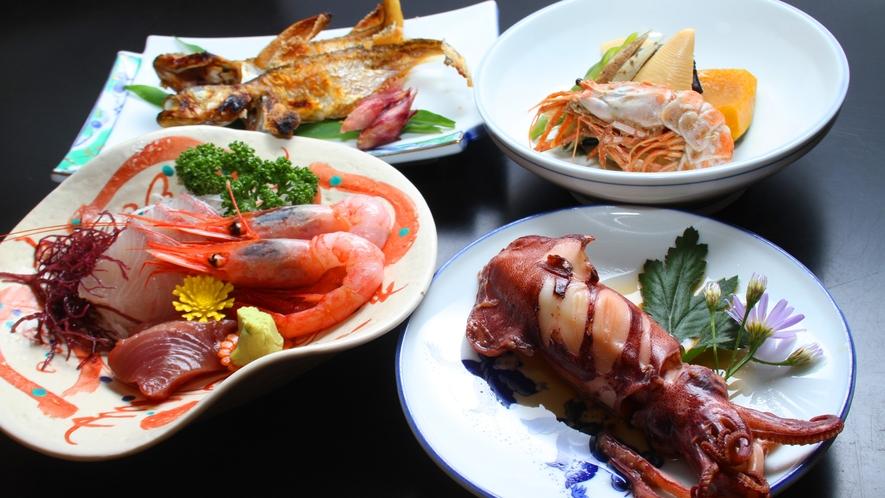 浜坂港で揚がった新鮮な魚貝を、豪快に調理致します!