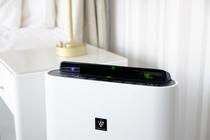 すべての客室に空気清浄機を備え付けております。