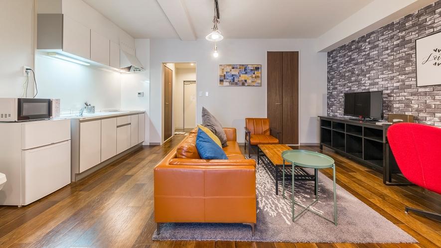 スペシャルスイート 革張りのソファが特徴。Minnで一番広い46平米のお部屋