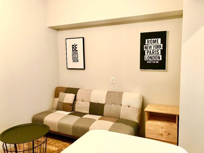ツインルームはソファベッド完備で最大3名様までご利用できます