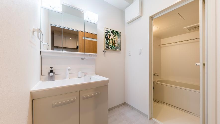 スタンダードルームの洗面・お風呂スペース(洗濯機なし)