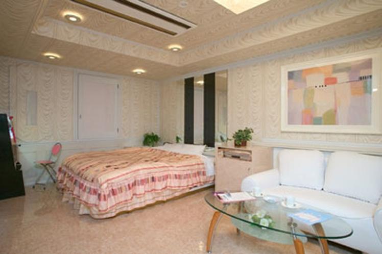 部屋703