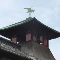 道後温泉本館の白鷺(しらさぎ)