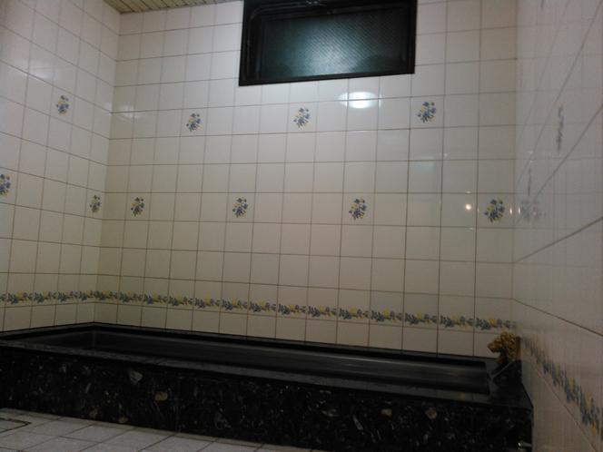 1F浴場〇一日の疲れを癒し たっぷりとリフレッシュしてください。